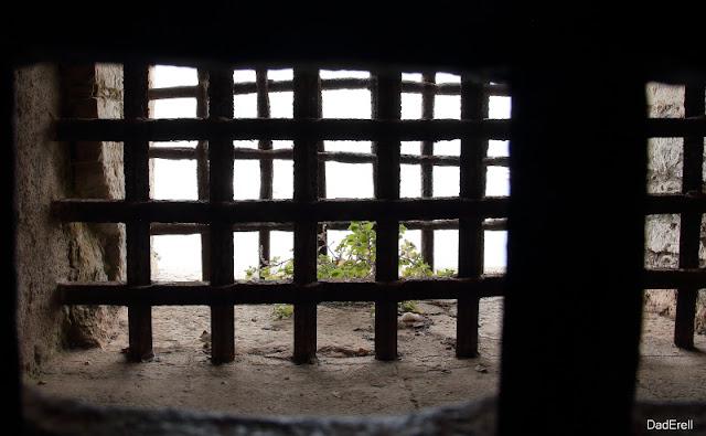 Grille du cachot du Fort Royal de l'Ile Sainte-Marguerite