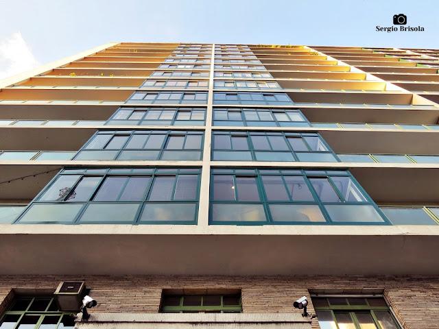 Perspectiva inferior da fachada do Edifício Gibraltar - Consolação - São Paulo