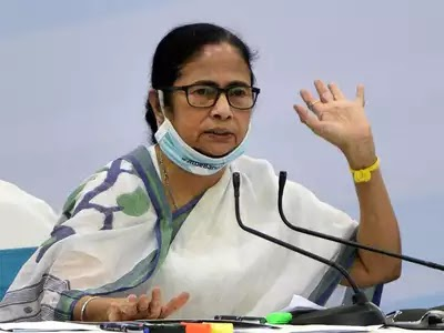 CBI arrests 2 Bengal minister 4 others, Mamta Banarjee Frustrated: Narada sting case