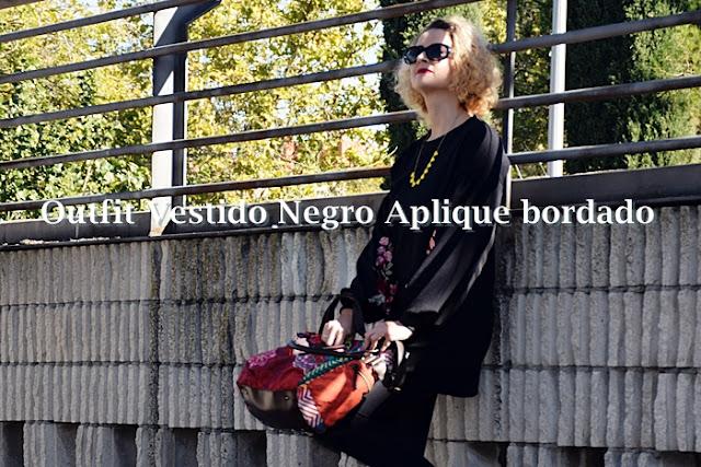 Outfit-vestido-negro-aplique-bordado-1