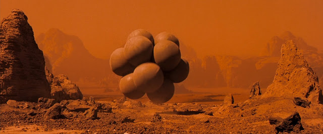 Landing with airbags on Mars from Red Planet movie