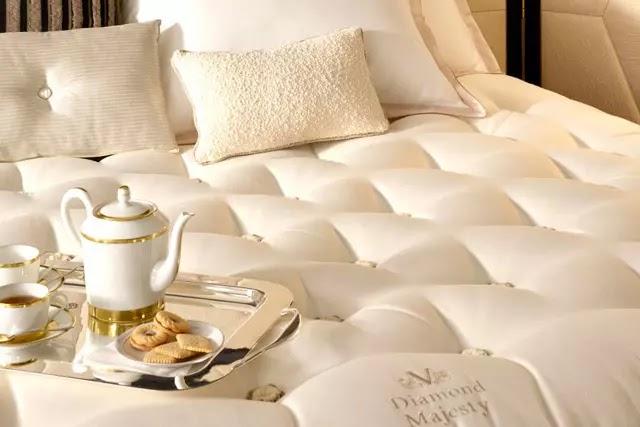 Vispring'in en pahalı yatağı olan Diamond Majesty, mükemmel uyku deneyimi sunmak için tasarlandı.