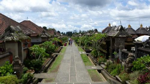 Penglipuran Bali Desa Wisata Yang Unik Dan Terbersih Di