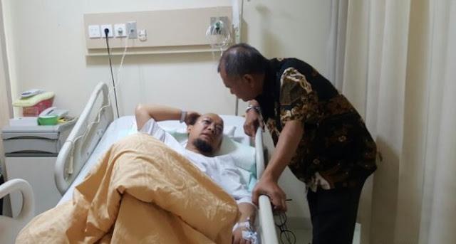 Ketua KPK dan Kapolda Metro Jaya Jenguk Novel Baswedan di RS