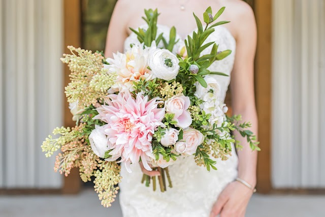 Woodland Wedding Inspiration | Emerald + Blush Styled Shoot