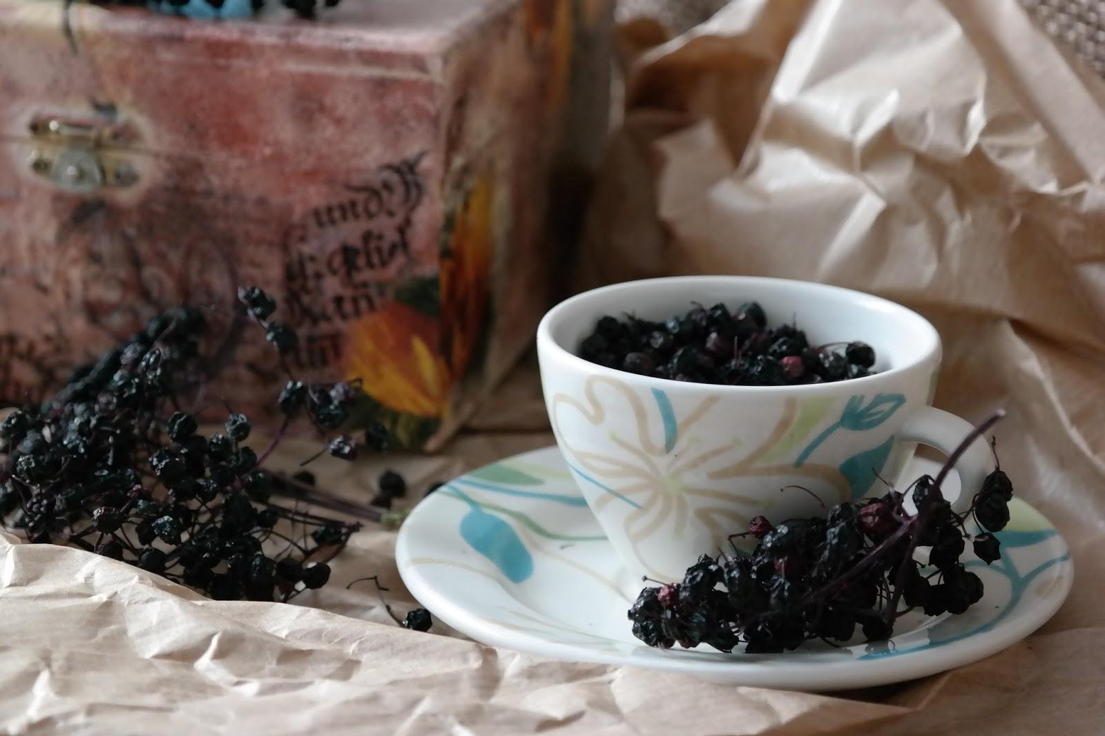Suszone owoce czarnego bzu na zdrowie