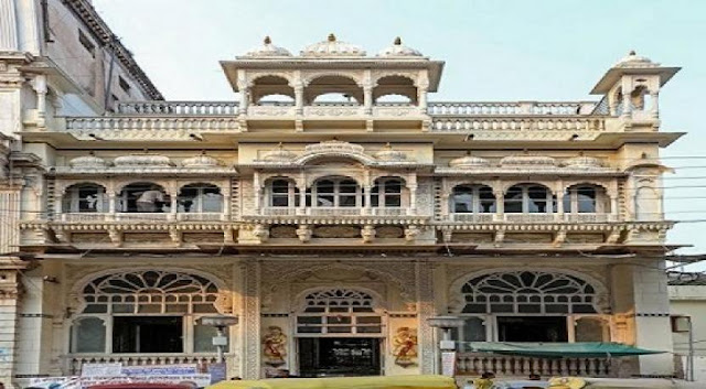 Indore Attraction : Kanch Mandir Indore