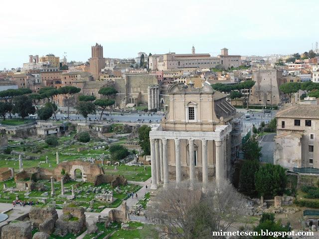 Вид на Римский Форум с холма Палатин