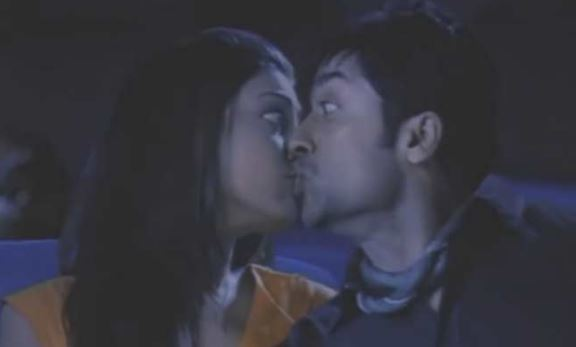 film kissing seen reveals- back to bollywood