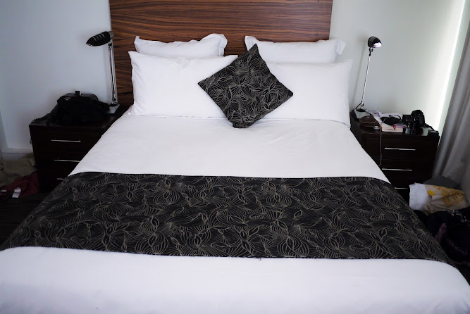 Cambridge Hotel Sydney Deluxe City Room View Review