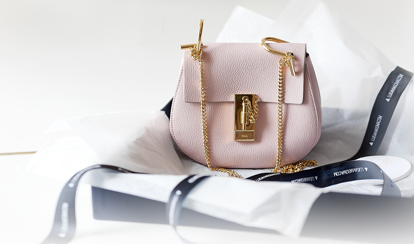 b8e0af1655cd Reviewing one of the most hyped items of the season for you guys today--the  Chloe Drew bag! I ve already written some content on a dupe for the ...