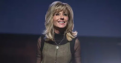Beth Moore - foto preluat de pe Living Proof Ministries Facebook