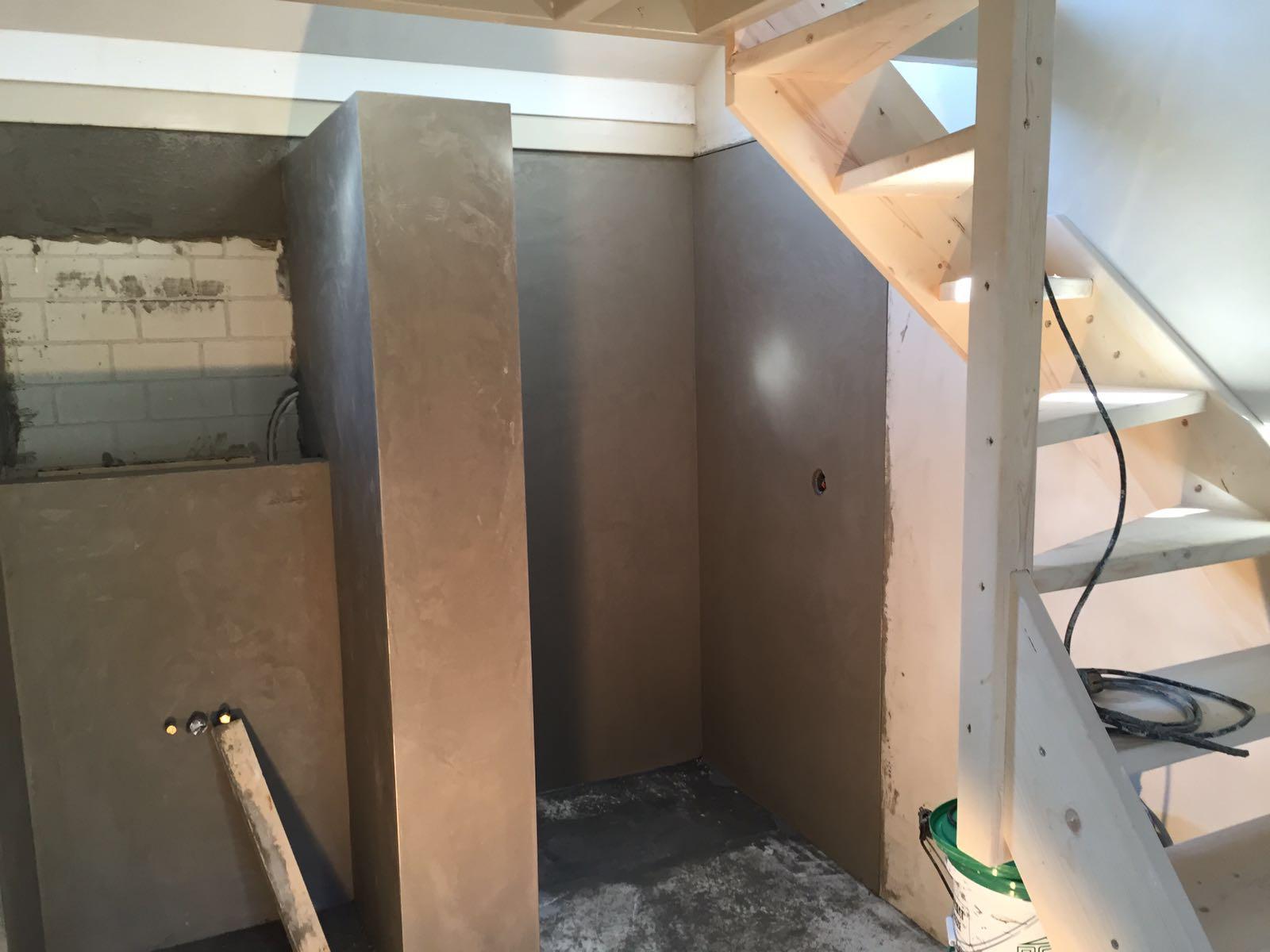 Vliering bouwen simple houten frame van viede en kamer for Nieuwe trap laten plaatsen
