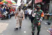Sosialisasi PPKM Gencar Dilakukan Babinsa Koramil 02/TB Bersama Petugas Gabungan di Roa Malaka