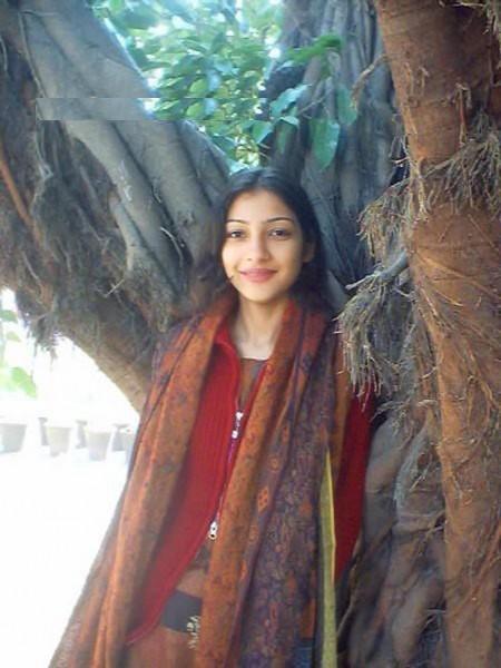 Teen Desi Pakistani Girl Masti Photo  Fun Maza New-3388