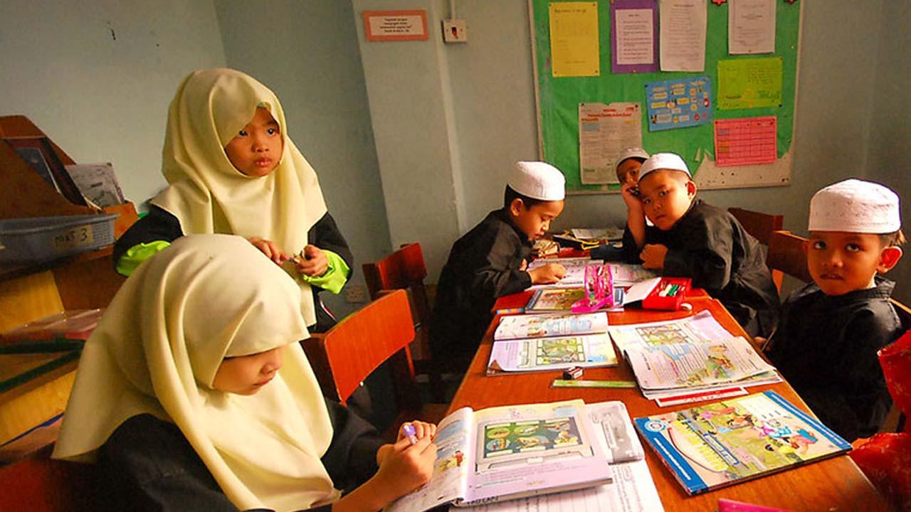 Praktek Sosialistik Dalam Pendidikan Islam
