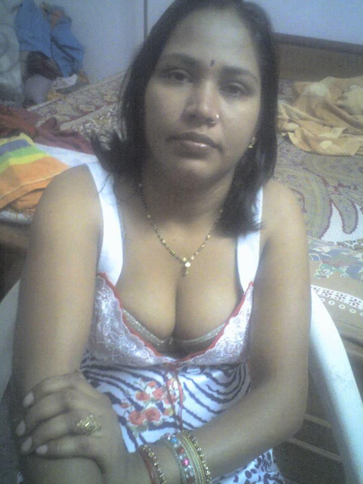 Desi Mallu Boob 5