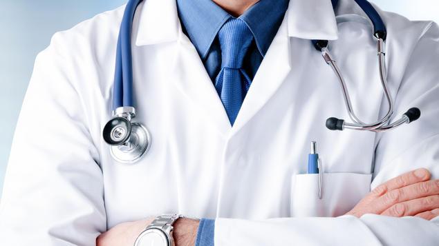 Kabineti Qeveritar qe 7 muaj pagat me rritje ndërsa mjekëve iu është thënë që të presin ligjin