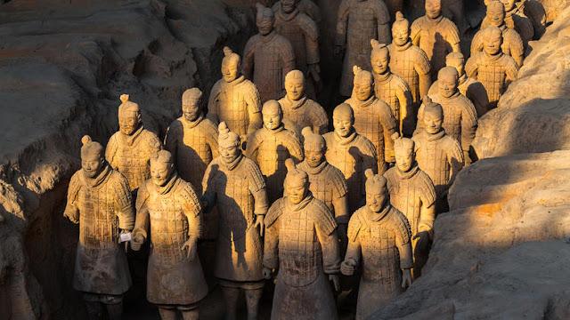 Αποκαλυπτικό Δημοσίευμα Του BBC:Αρχαίοι Έλληνες Τεχνίτες Εκπαίδευσαν Τους Κινέζους Να Φτιάξουν Τον Πήλινο Στρατό Τον 3ο Αιώνα Π.Χ.