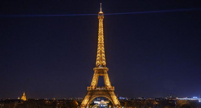 إغلاق برج إيفل في باريس حتى إشعار آخر