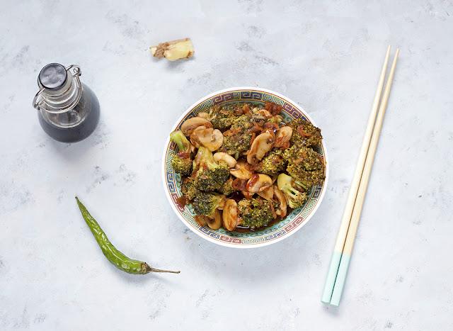 stir-fry z brokula z pieczarkami