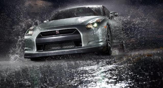 Kiat Pengereman Kendaraan di Jalan Saat Hujan