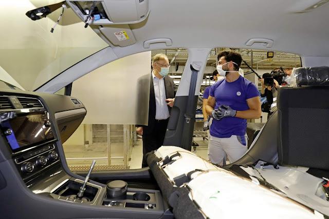 Volkswagen Golf volta a ser produzido na Alemanha hoje
