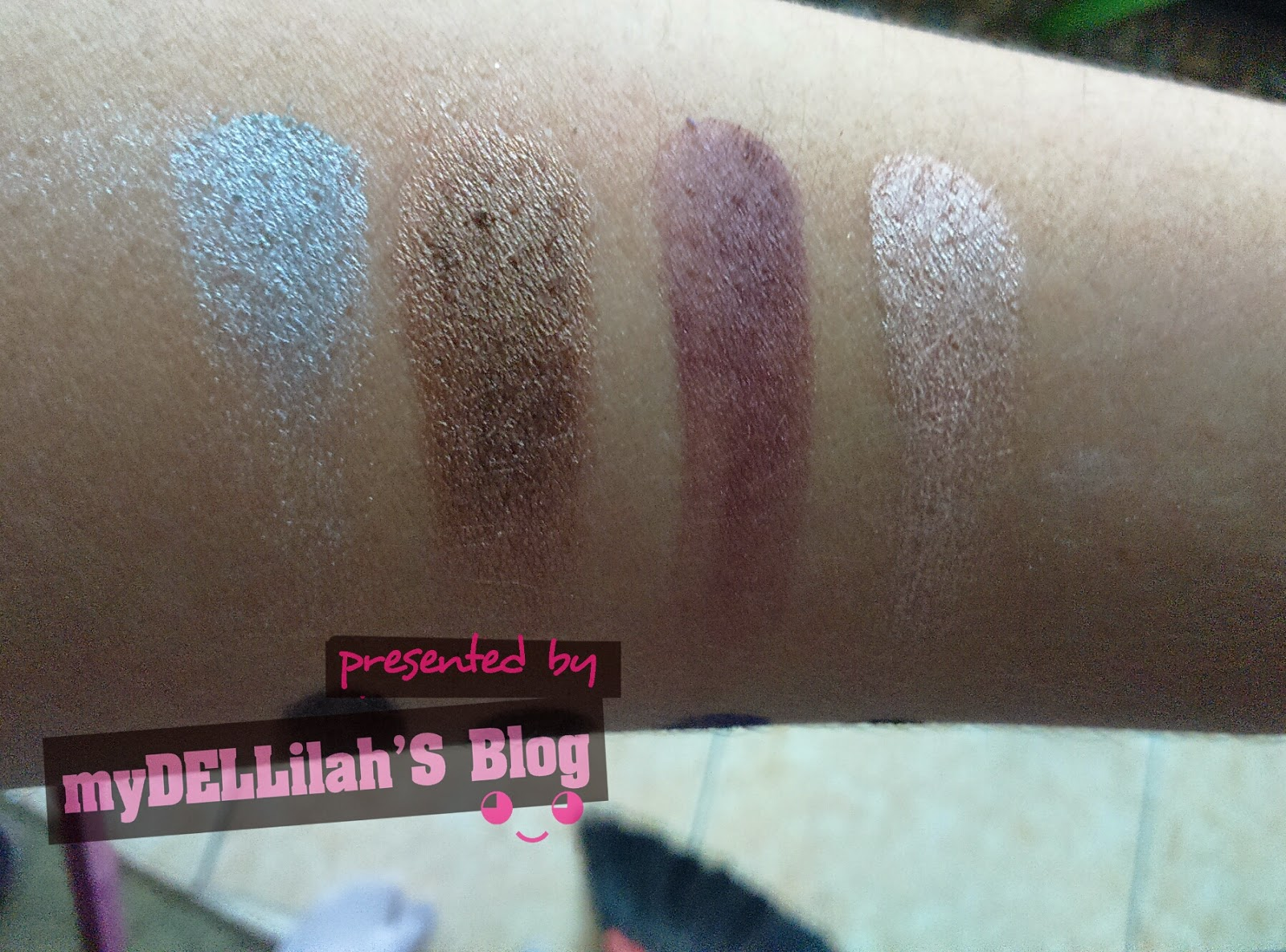 SWATCH OF Sephora Desert Palette