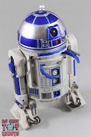 S.H. Figuarts R2-D2 32