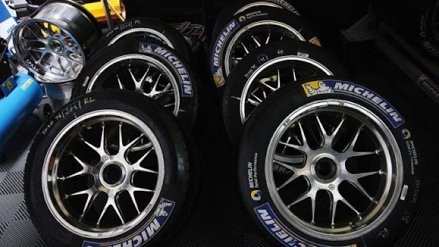 Michelin equips its tires with chips