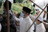 Ikut Ke Makam, Walikota Berbelasungkawa Atas Wafatnya Syekh Ali Jaber