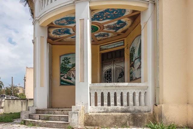 Villa Campo Largo - detalhe da entrada