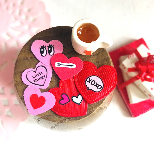Dollhouse Valentines DIY Tutorial | Linzer Lane Blog | #valentines #dollhousevalentines