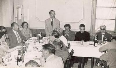 Comida en homenaje a los jugadores del III Torneo Nacional de Ajedrez de La Pobla de Lillet 1957 en el Castellar de N'Hug