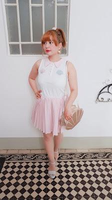 auris wearin a swankiss dress