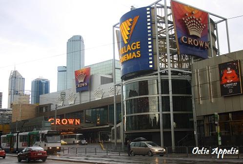 Cafe Baci Crown