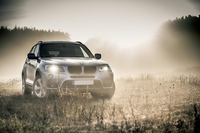 Bayerischer Motoren Werke AG - Building Luxury Cars
