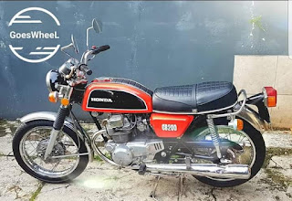 For Sale :  Honda CB200 Twin 1975 . full paper