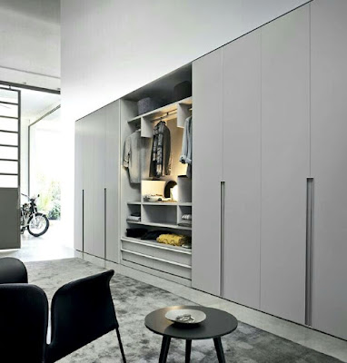 Built-in wardrobe idea with gray color and sliding doors
