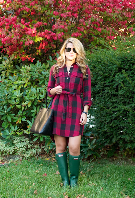 Buffalo Plaid paired with hunter tour boots and mansur gavriel tote
