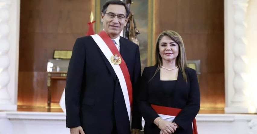 María Elizabeth Hinostroza juramentó como nueva Ministra de Salud - MINSA [Hoja de Vida] www.pcm.gob.pe