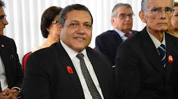 Bolsonaro deve indicar desembargador Kassio Nunes para STF