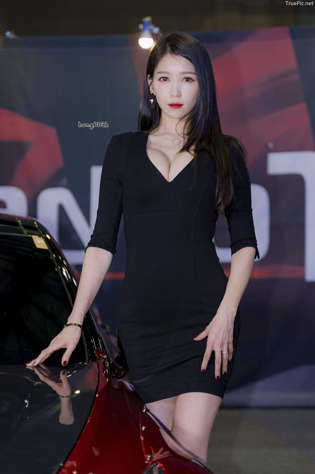 Korean Racing Model - Lee Eunhye - Seoul Auto Salon 2019 - Picture 3