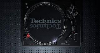 Der Technics SL-1210 MK7 steht in den Startlöchern | Das DJ Tool in der siebten Generation