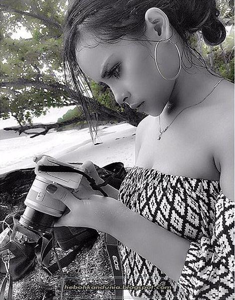 Foto seksi Kiki Syarah