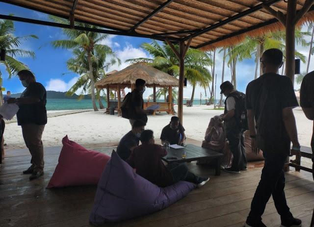 Resepsionist Pulau Ranoh