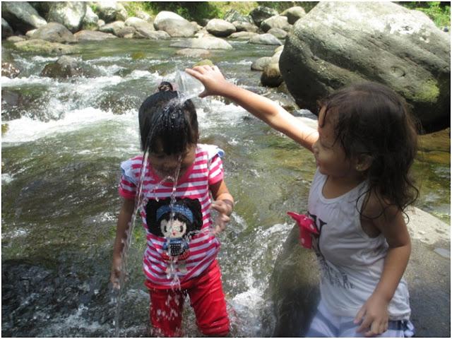 Bahaya dan Pesona Sungai Sembahe, Desir Air Menerpa Batu