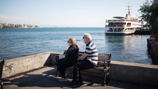 Törökországban ismét 1300 közelébe szökött fel az új esetek száma
