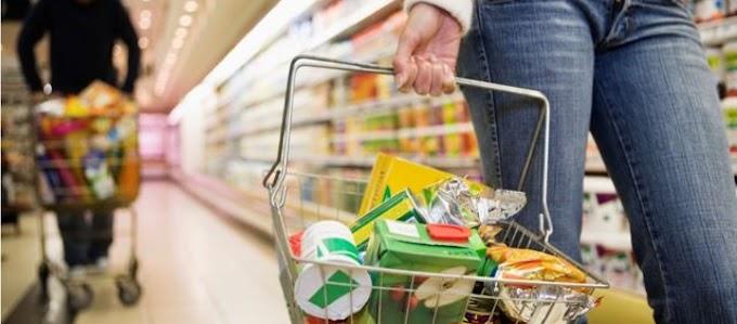 Lockdown: Εκτινάχθηκαν οι πωλήσεις σε ποτά, βαφές μαλλιών και... λαδόκολλες