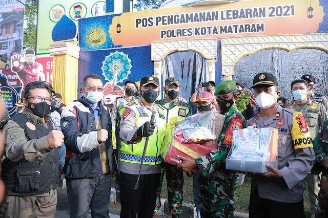 38 Pos Pam Didirikan Di Wilayah Hukum Polda NTB ,Kapolda NTB: Kapasitas Mall Harus 50 Persen